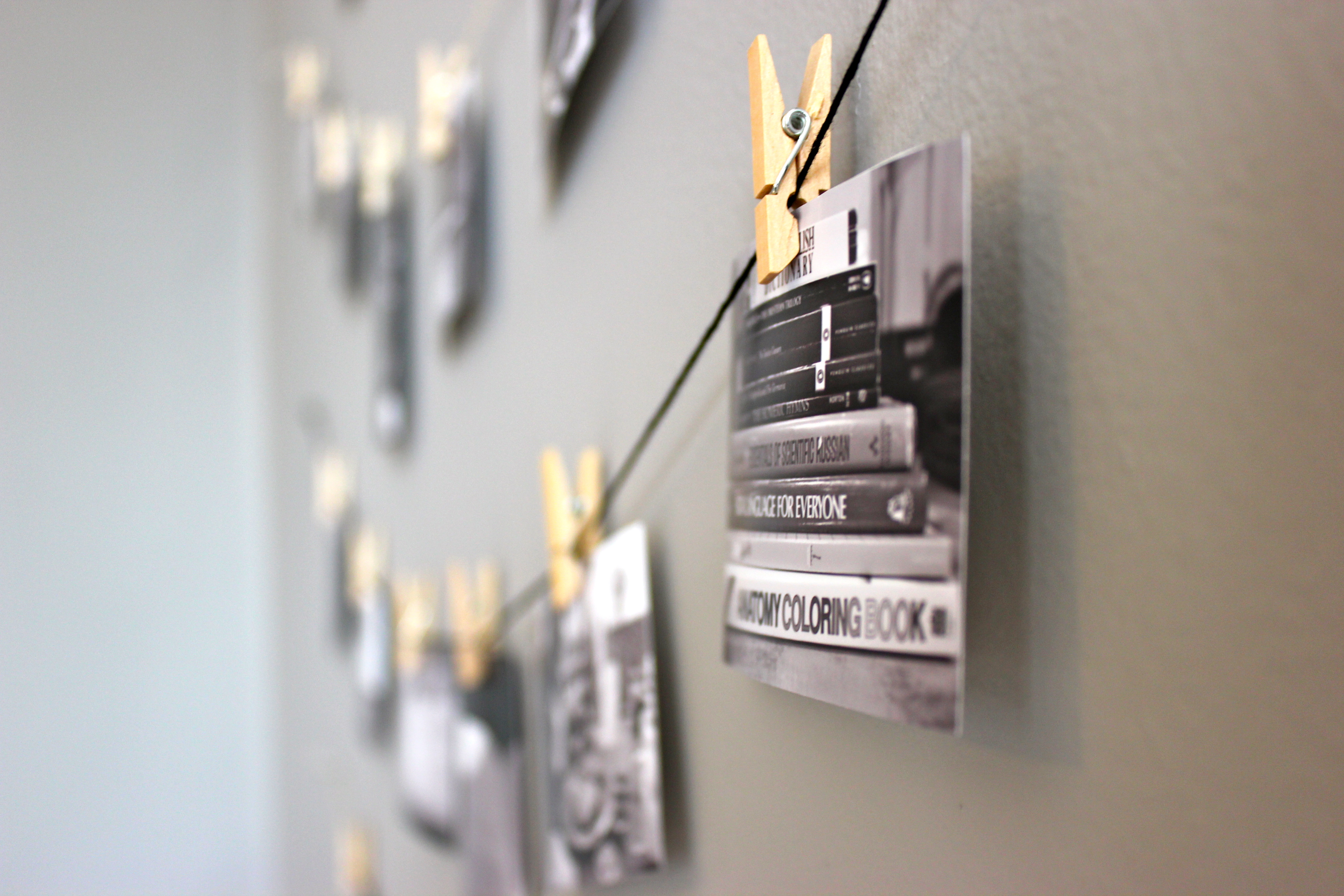 Diy mini clothespin picture display niftythriftygoodwill advertisements amipublicfo Gallery
