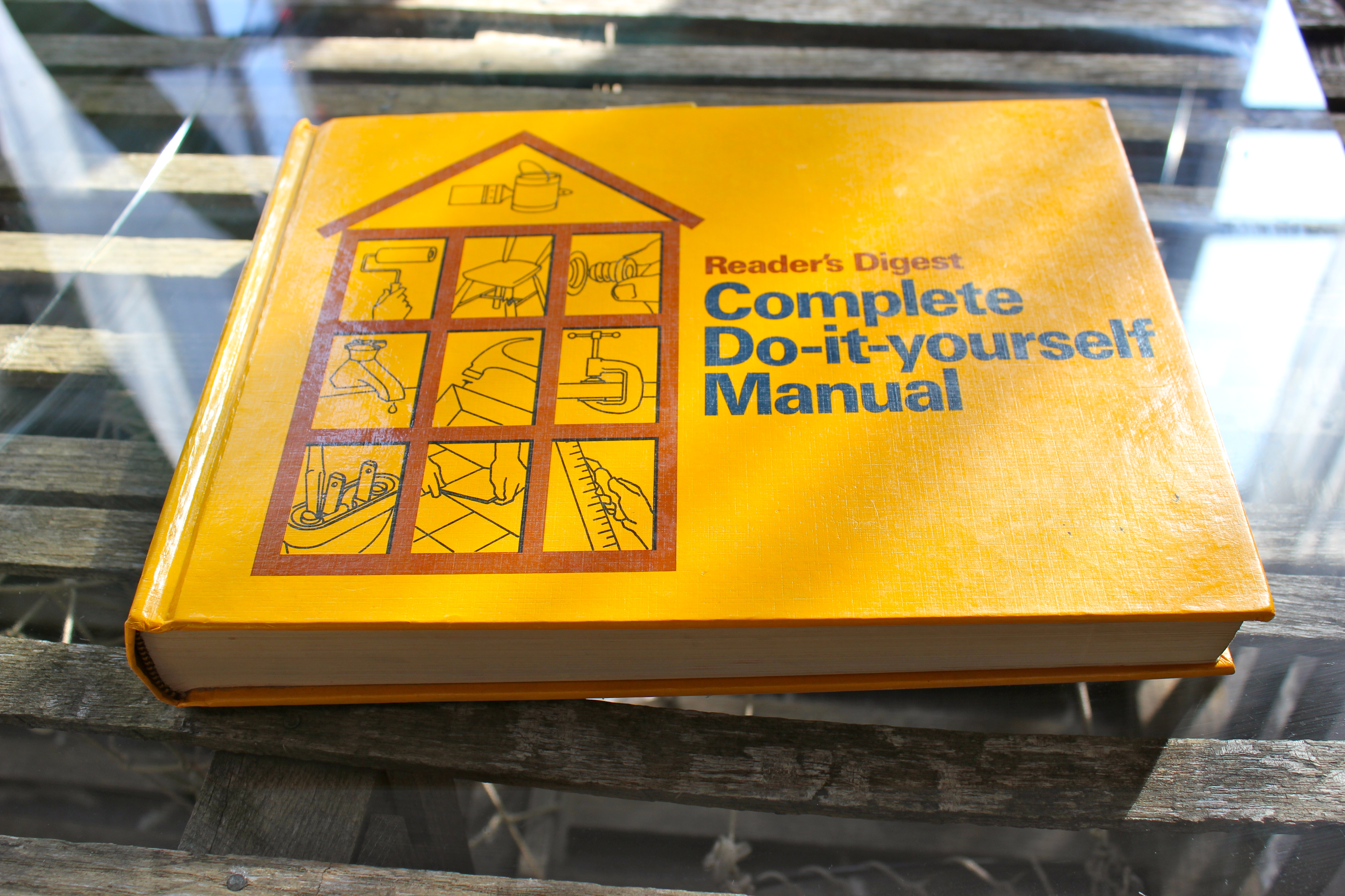 Readers digest complete do it yourself manual niftythriftygoodwill different solutioingenieria Choice Image