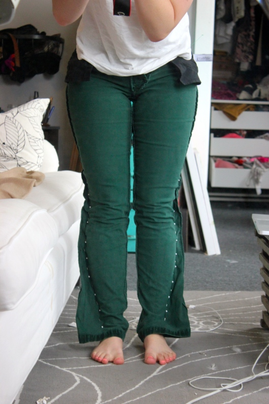 Turn flare pants into skinny pants