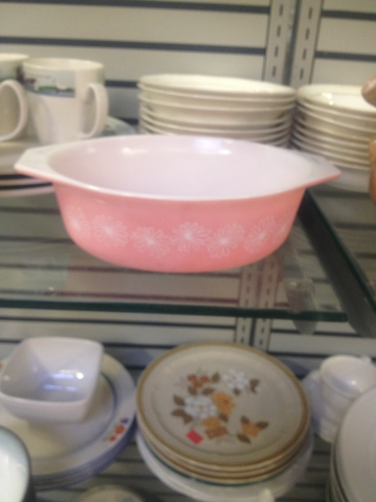vintage pink daisy pyrex dish